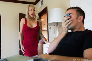 Synthia Fixx is one horny sister-in-law who needs some cock stat! Only when her husband's out of town, she's down to find a dick worthy of pounding her sweet pussy. Synthia hopes that her brother-in-law, Keiran Lee, will be man enough to fuck her but she