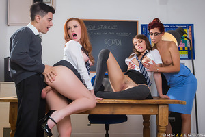 Ella and Zoe are so excited a guy is joining their class! Their teacher Shona is excited too, and has the girls practice kissing and licking to make sure the new student is properly welcomed. Jordi's first day at ZZ University is about to go down in histo