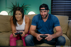 Nobody can beat Abella when it comes to gaming. She's wiped the floor with both Charles and Tommy and they don't want to play anymore - unless she agrees to try a new toy at the same time. Will she be able to focus on the game with the vibrating sybian be