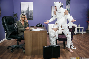 When Danny arrives at work and is reminded it is Halloween he makes a quick 'mummy' costume by wrapping himself up in toilet paper. But when his co-workers get a look at him, they don't see a 'mummy' but a pervert! Boss Rachel has no choice but to let Dan