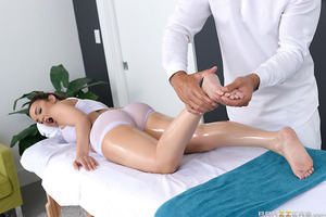 Dillion is a wannabe masseuse lucky enough to get a private lesson from a professional masseur. He shows her how it's done and has her practice on him. Dillion is shocked when her teacher gets an erection during the massage, but he assures her it just mea