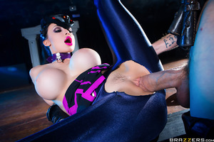 Aletta wants to take down powerful Danny by fucking his cock until he cums from her sweet, tight pussy.  This will restore the femme-fatale's health and stamina, giving her enough energy to continue down the game-fap.  Will Danny D's massive dick withstan