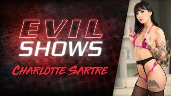 Goth Devil Babe Charlotte Sartre in grobem DAP Gang Bang misshandelt
